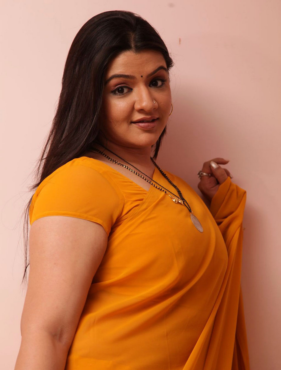 Aarti Agarwal Hot Saree Top Aarti Agarwal Nude Body Photos Without Clothes 1
