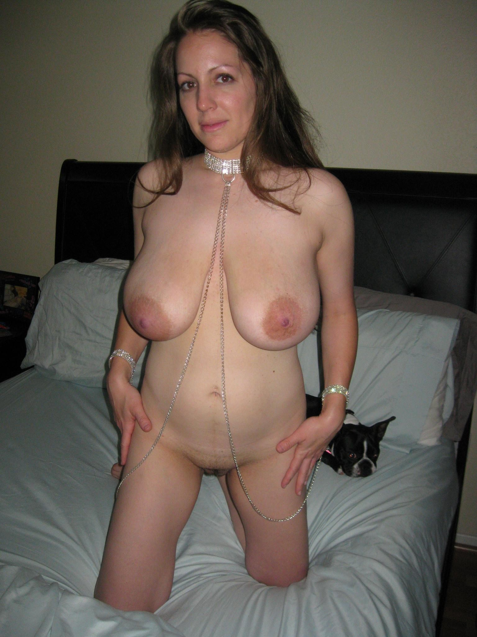Amateur Brunette Cougar Porn Free Porn Pics Of Amateur Chubby Brunette Cougar With Big Tits