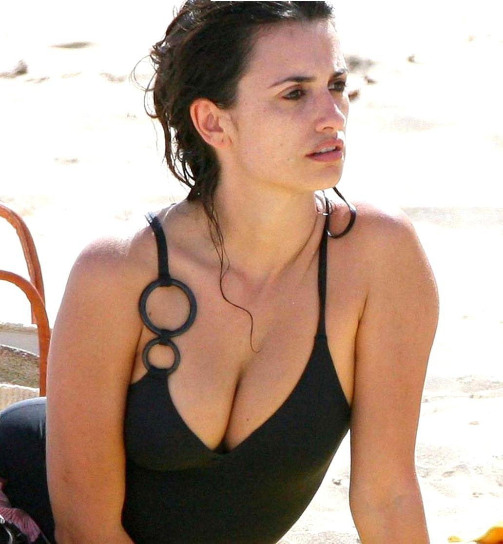Babylonx Penelope Cruz Oiled Celebrity Sicflics Porn Pics 1