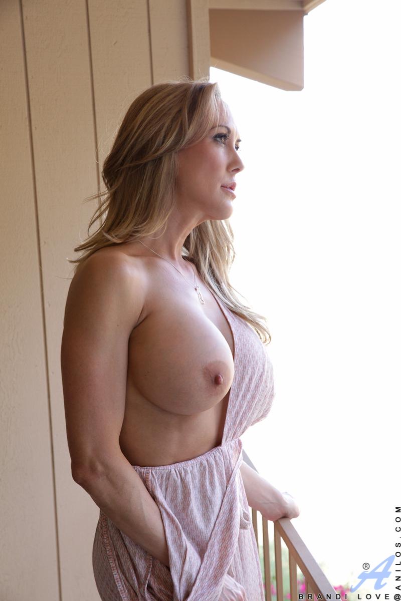 3 Moms Porno big tit mom porn perfectsluts com top sexy girls luscious