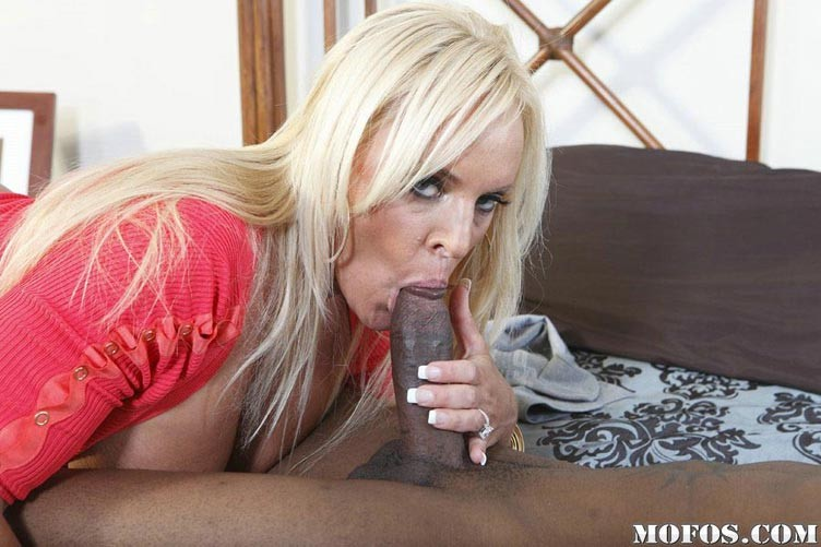 Big Tits Blonde Mom Interracial Anal Sex And Creampie Pichunter