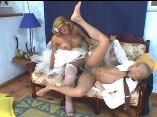 Bigtitted Shemale Wife Having Mind Blowing Anal Sex During Wedding 1