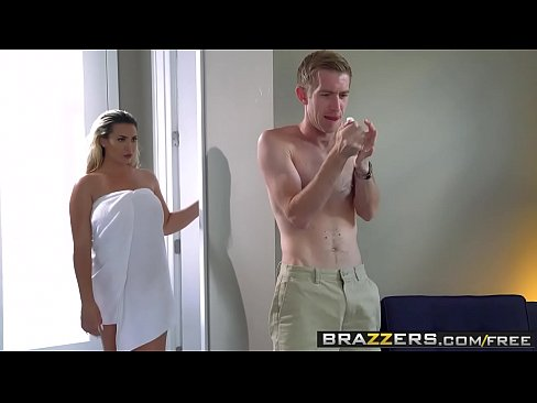 Brazzers Big Butts Like It Big Assh Lee And Danny Follow That Ass 2