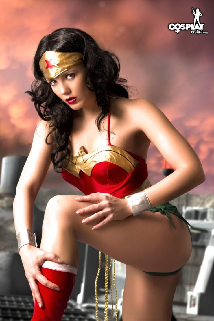Cosplay Erotica Wonder Woman Cosplay Pinterest Cosplay