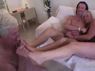 Cuckold Foot Worship