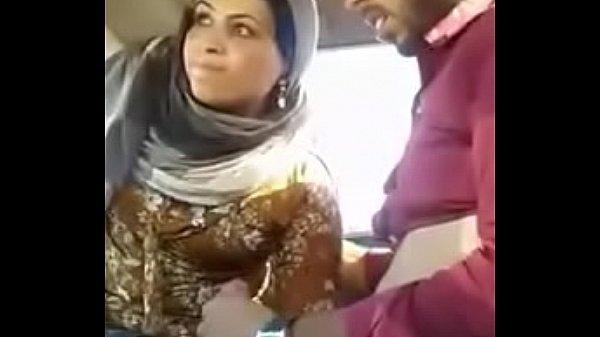 Desi Muslim Couple Sex In Car 1