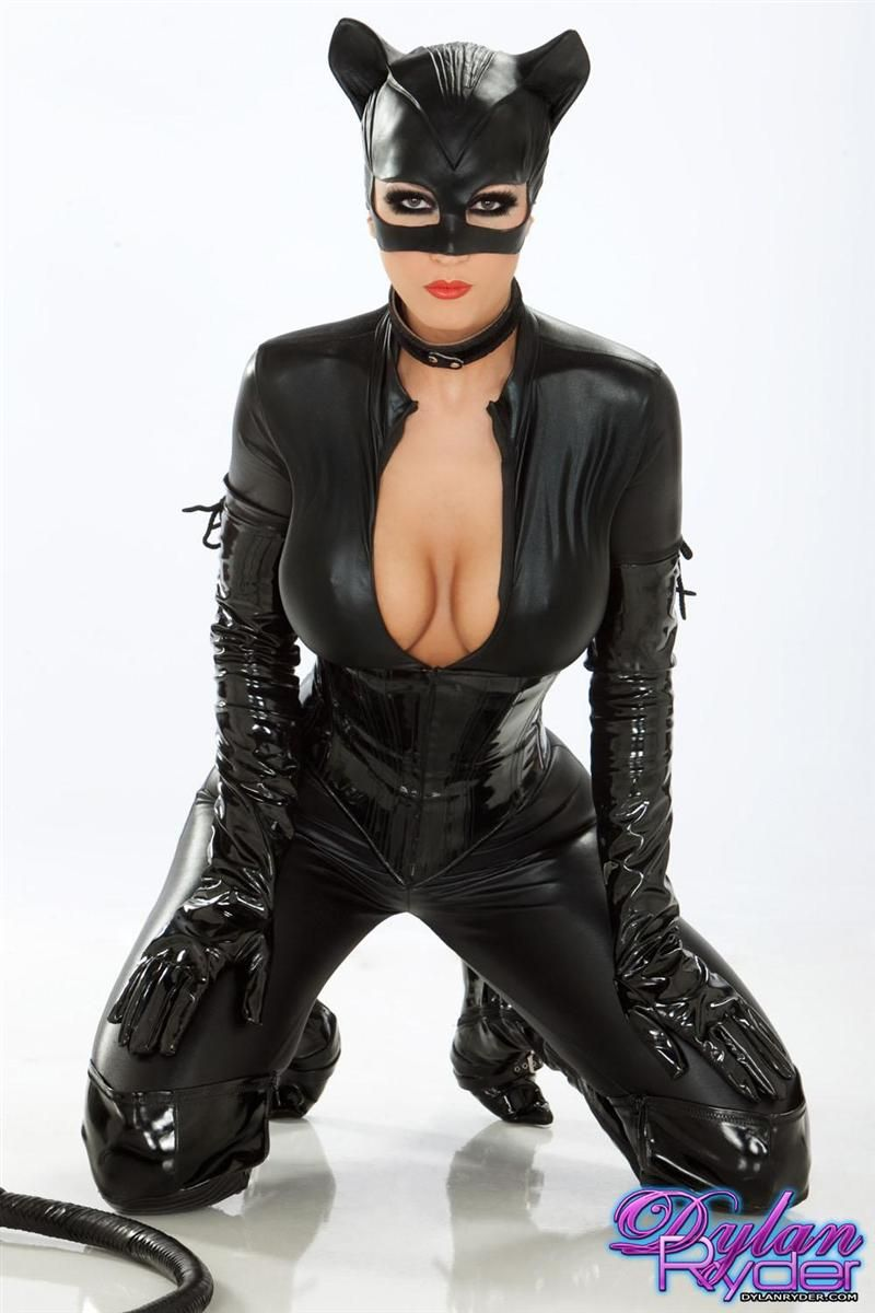 Dylan Ryder Sexy Catwoman Top Heavy Pinterest