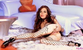 Emily Blunt Nude Topless Sexy Pics Image Nude Topless