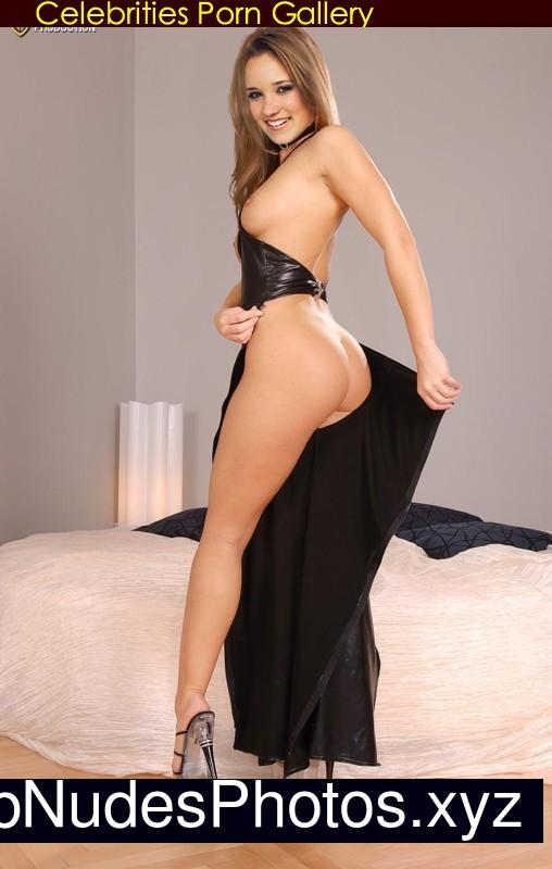 Emily Kinney Nude Celeb Nudes Photos