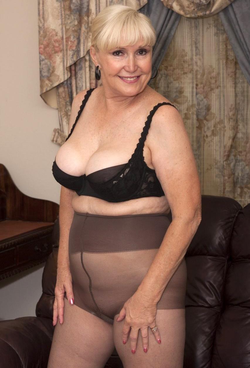 70 Year Old Granny Porn year old granny sex pics best pics - xxxpicss
