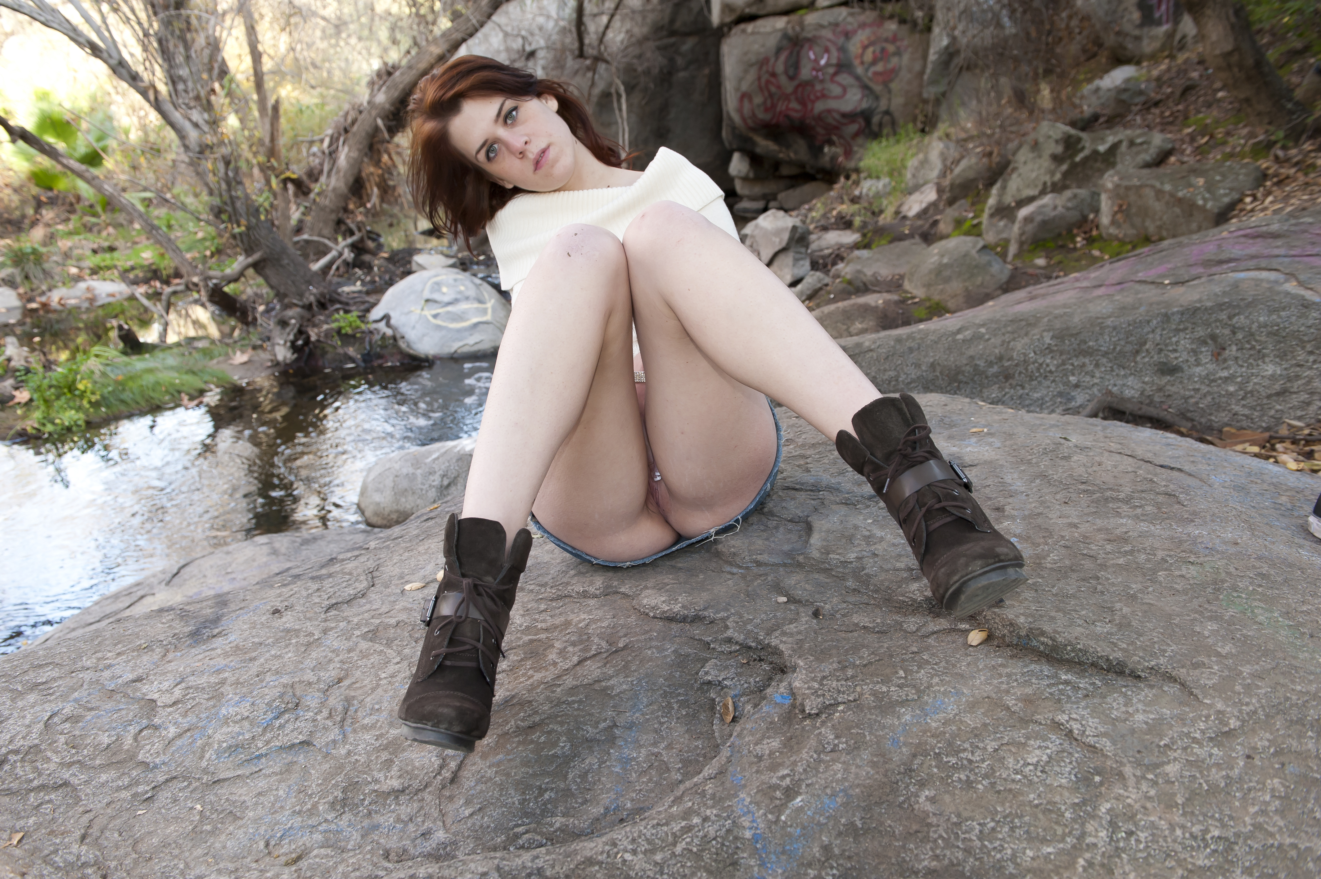 High Heel Boots And Tight Pussy Amateur Nude Art Ava Rouge