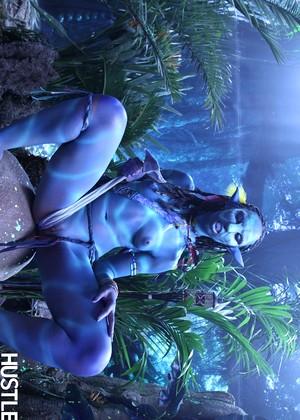 Hustler Misty Stone Avatar Movie Lesbiansmobi Porn Pics