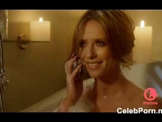 Jennifer Love Hewitt Caught Naked In A Bathtube