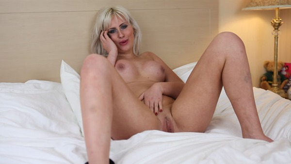 Jerk Off For Me See The Hottest Babes Jerk Off 5