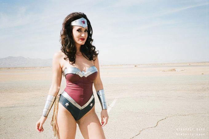 Kimberly Kane As Wonder Woman Sexy Cosplay Pinterest Wonder Woman Cosplay Girls And Cosplay 3