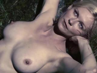 Kirsten Dunst Topless Melancholia 1