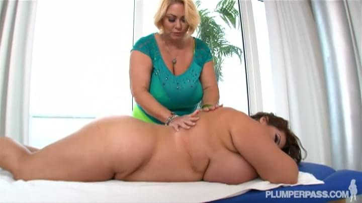 Maria Moore Massaged Samantha Anderson Porn Tube