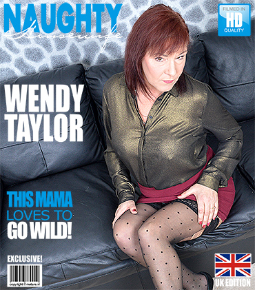 Mature Presents Wendy Taylor In British Mature Lady Fooling Around