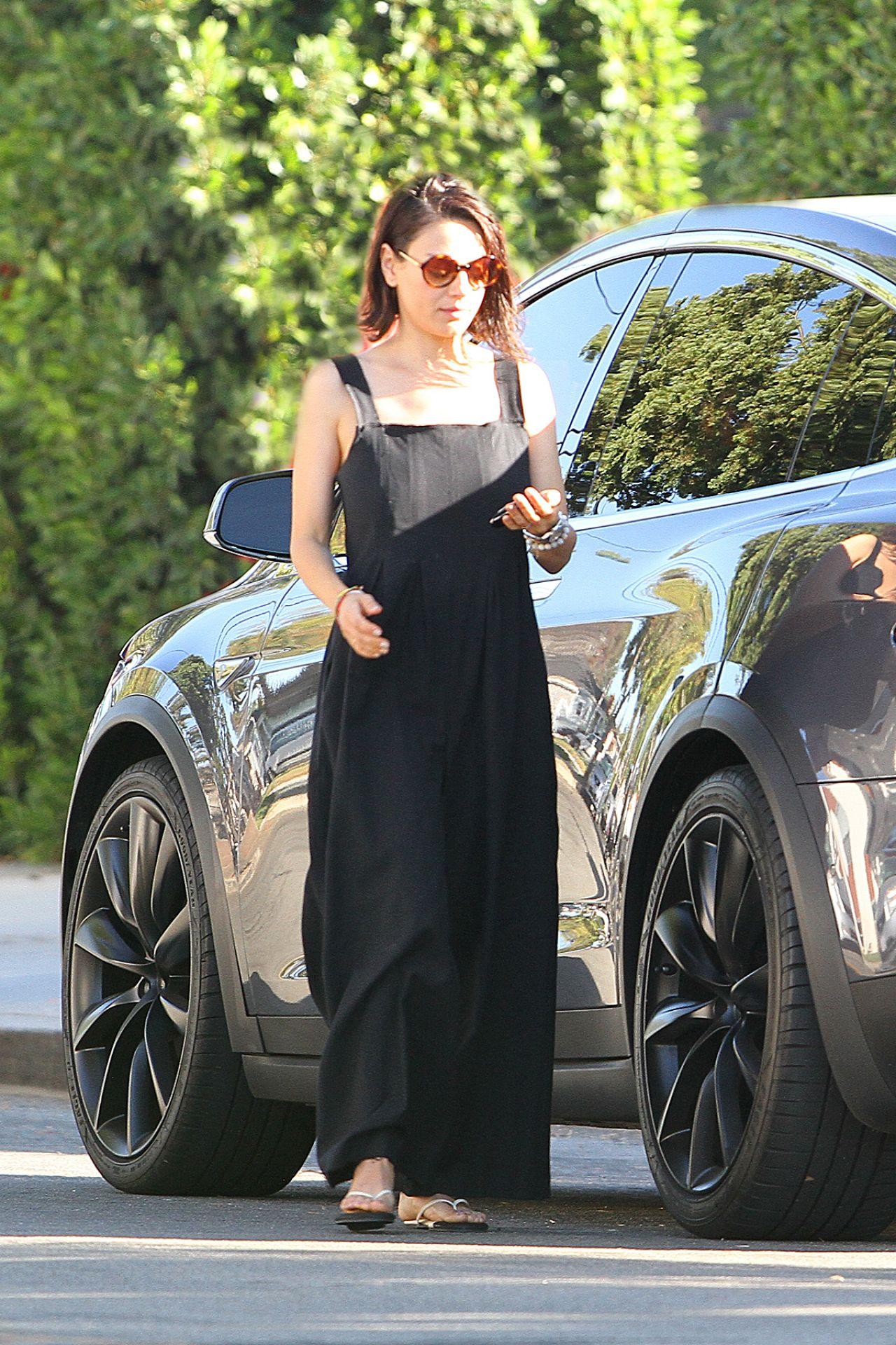 Mila Kunis Anal Creampie Mila Kunis Uncensored Mila Kunis Out In Los Angeles Celebrity 1