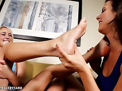 Mom Foot Fetish Amateur Blonde Foot Fetish Milf Pornstar