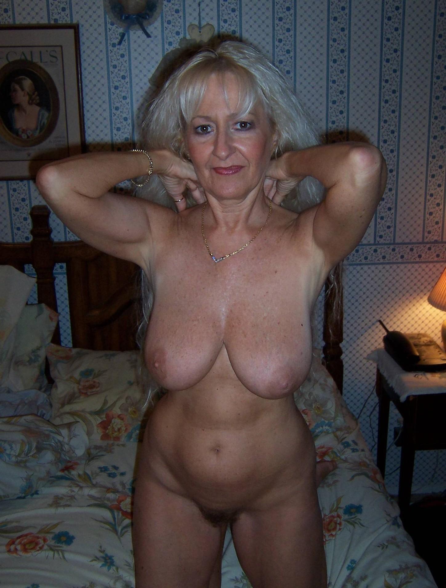 Amateur Mature Mom Porn mommy mature porn enticing hot mature mom porn amateur