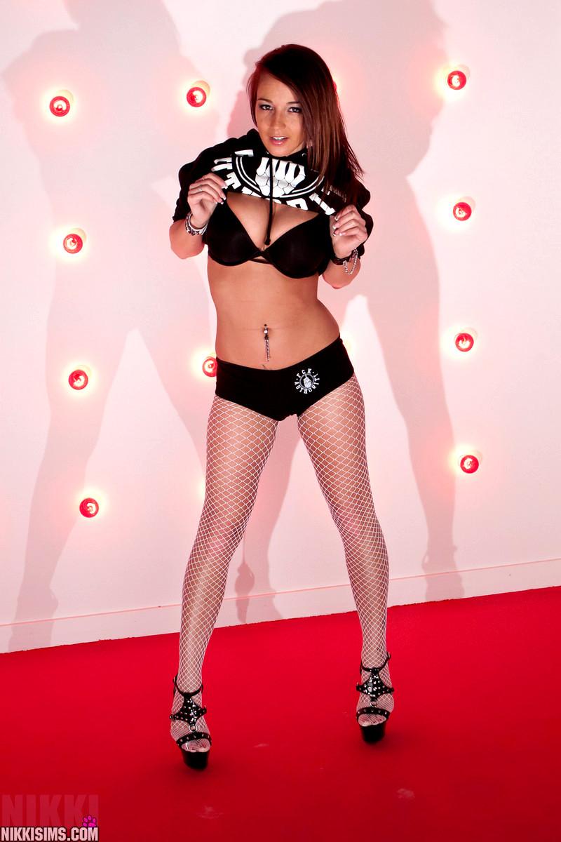 Nikkisims Nikki Sims Kickass Big Tits Mom Porn Pics 4