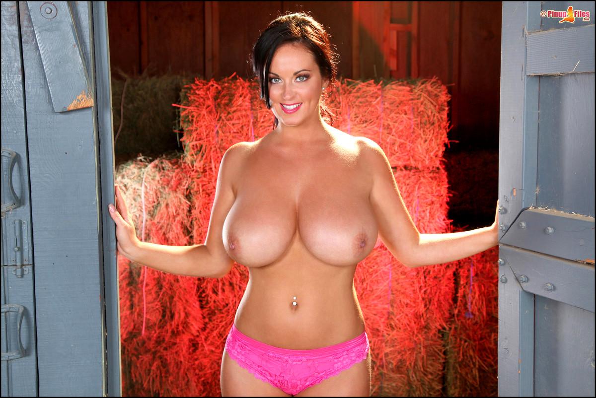 Pinupfiles Sarah Nicola Randall Hotbabes Tits Teasing Porn Pics 1