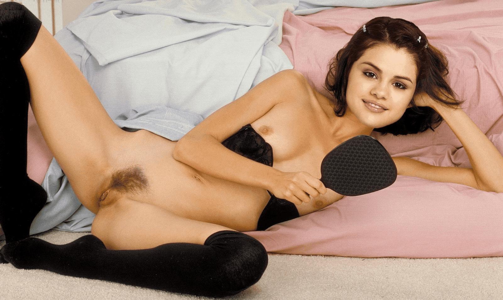 Selena Gomez Nude Naked Sex Pussy Fucking Photos Pics 15
