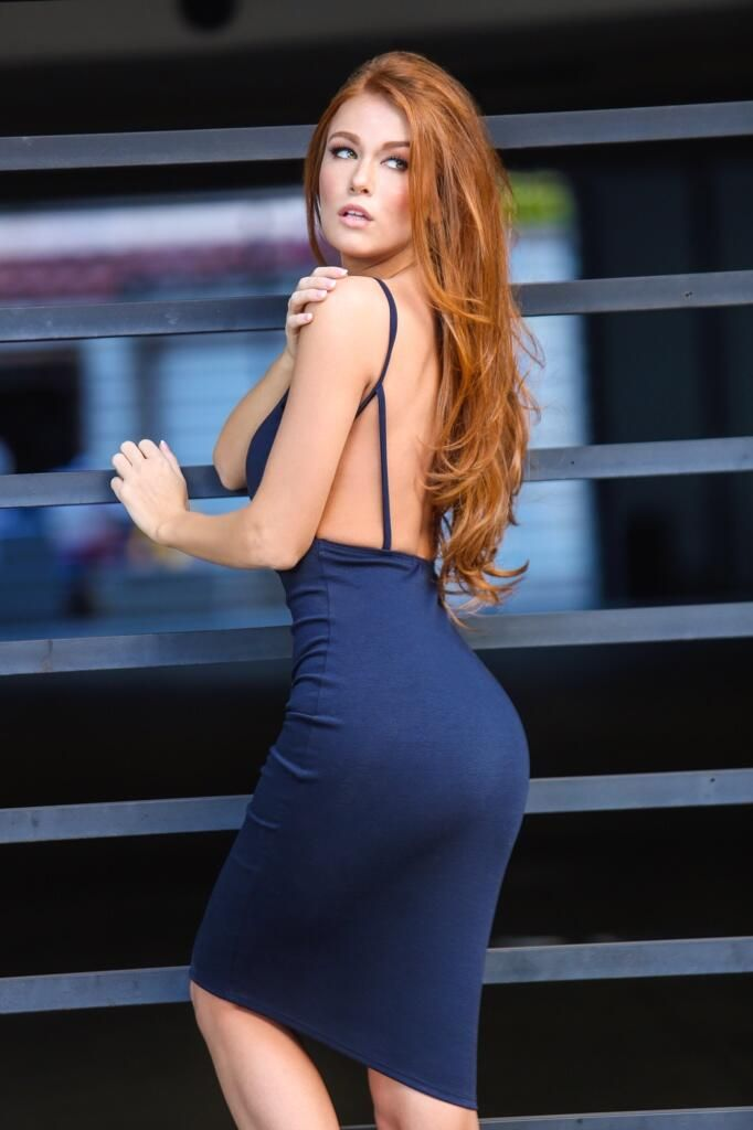 Sexy Girls In Tight Dresses Skirts Photo Dressup Pinterest