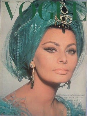 Sophia Loren Vogue May Dripping In Diamonds Emeralds And Pearls Vintage