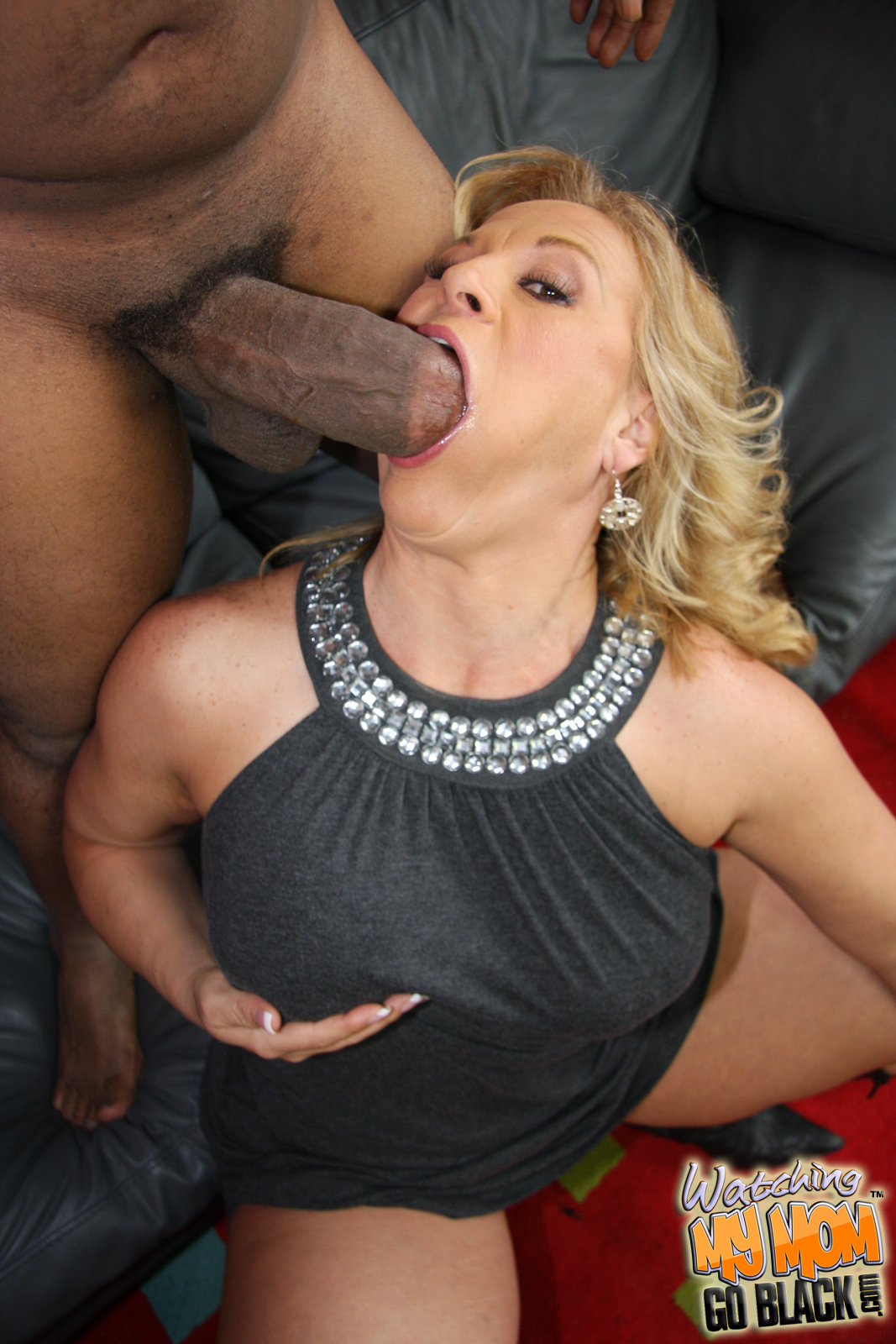 Stunning Summer Hot Mom Fuck Her Sons Friend God Dontneedyou
