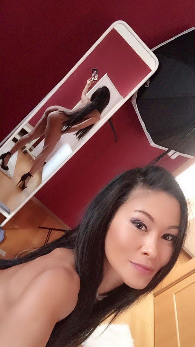 Angela Salvagno Twitter muscle girl flix musclegirlflix twitter 5 - xxxpicss