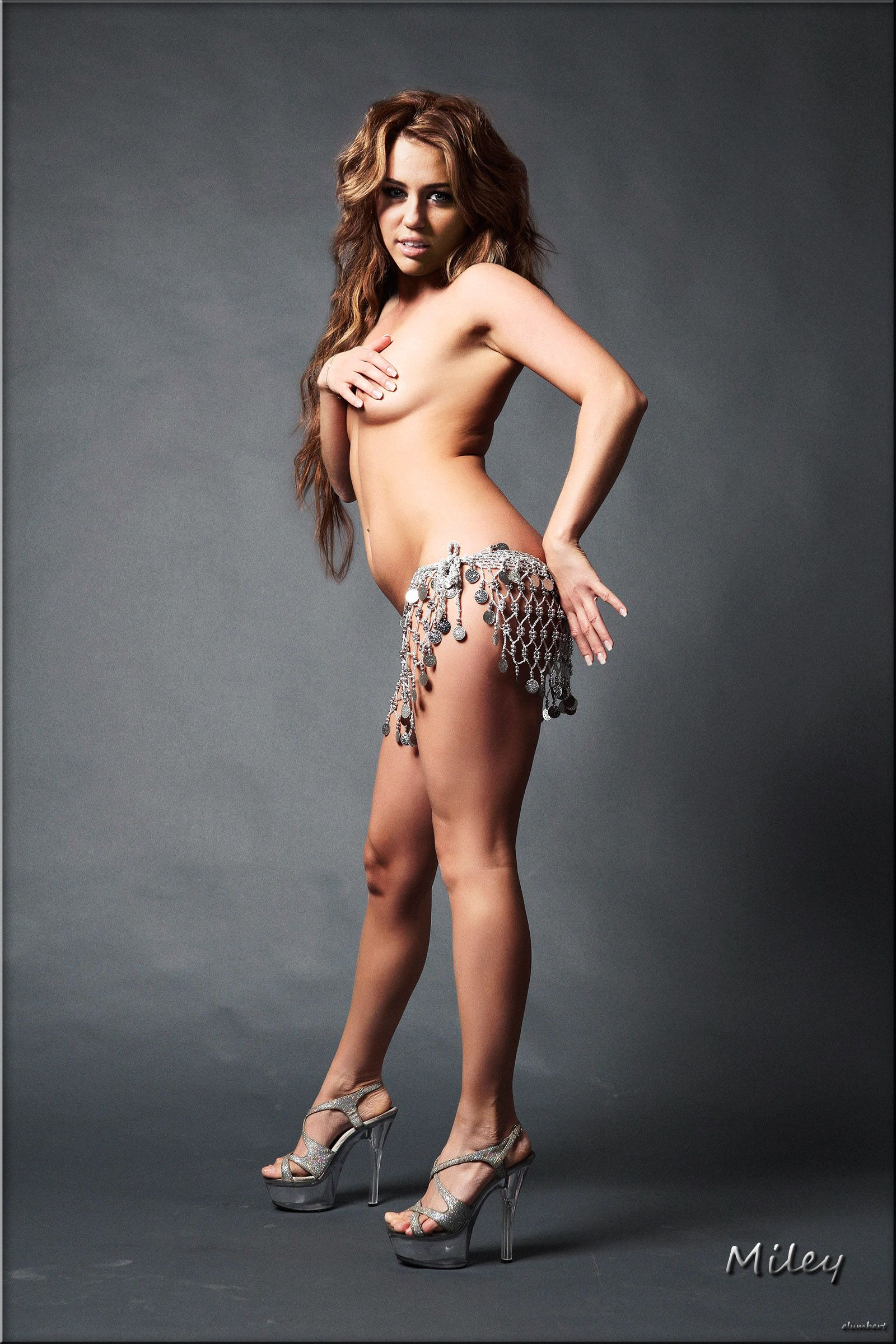 Topless Bellydancer Miley Cyrus Girls Pinterest Miley Cyrus