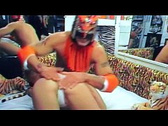 Uiwp Entertainment Sofia Loren Dragon Mixed Wrestling Man Women