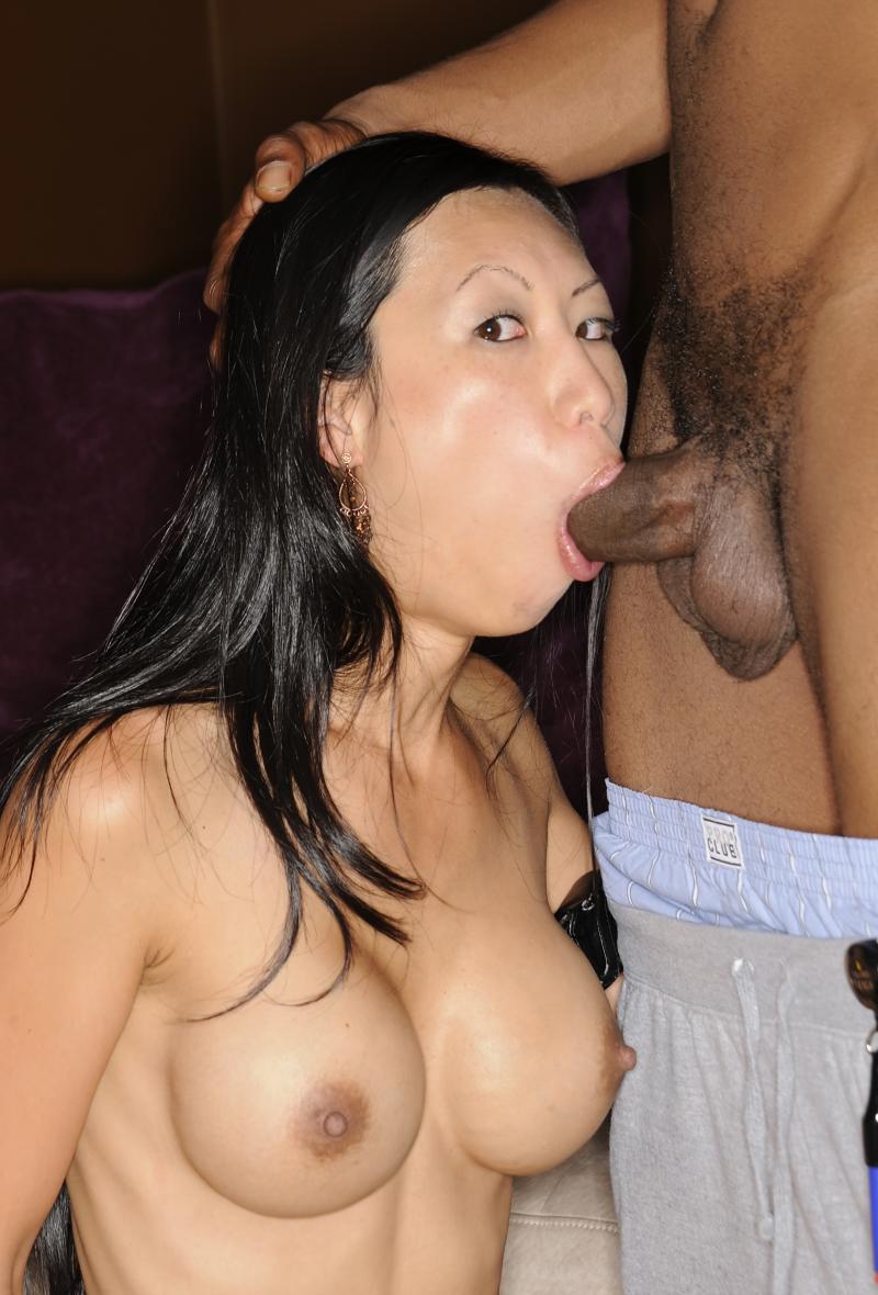 Interracial lesbian scissoring